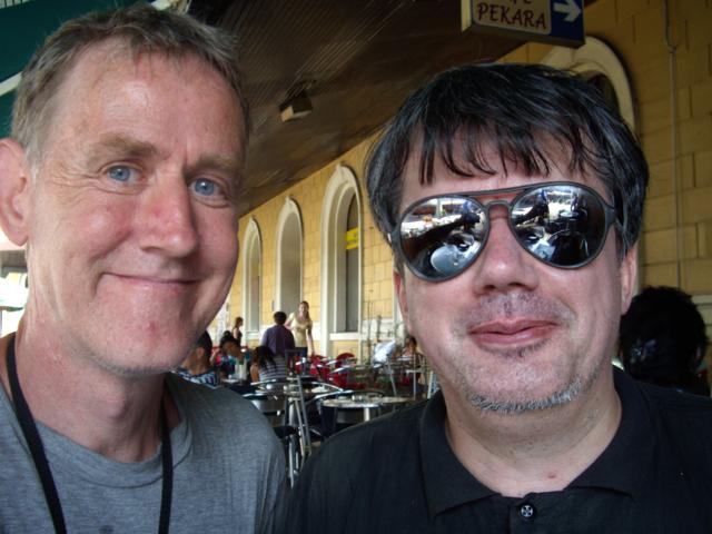 Jeg selv og Predrag Crnković på Belgrads Banegård, juli 2008. Foto: Erik Thau-Knudsen